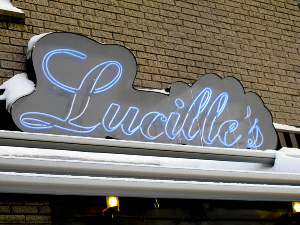 Lucille's Oyster Dive 2