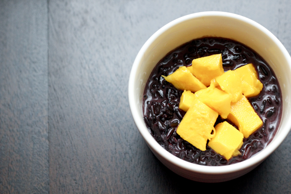 Black Rice Pudding with Mango | Roasted