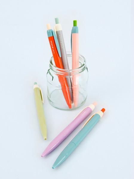 Ballpoint_pens_Papermash_1024x1024