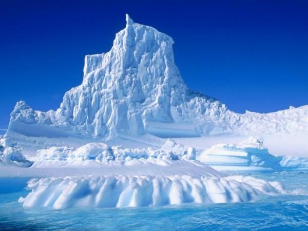 4006_An-enormous-mountain-of-snow-HD-wallpaper
