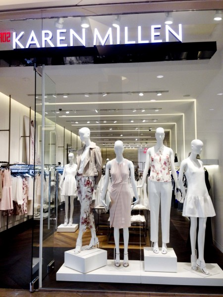 Karen millen opens a new boutique in montreal roasted for Centre boutique