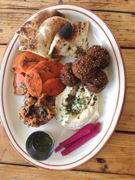 Restaurant Sumac Falafel Plate