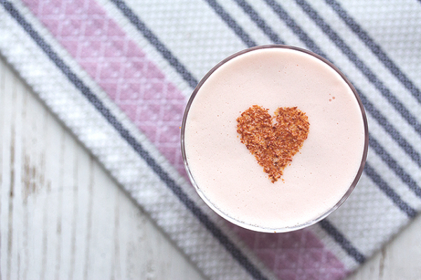 Valentine's Day Cocktail from Honestly Yum