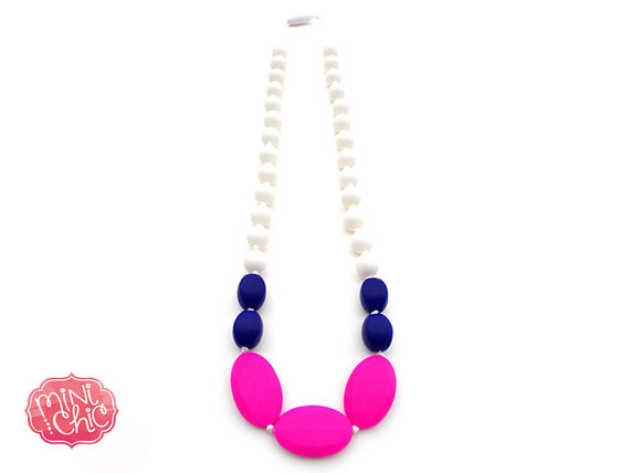 Collier de dentition/teething necklace from Mini Chic Accessoires