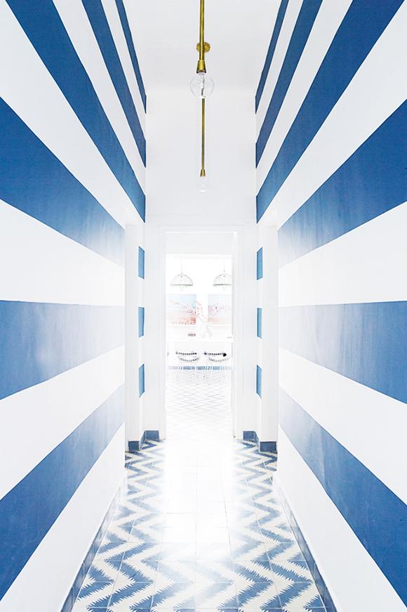 colorful-Morroco-home-hallway