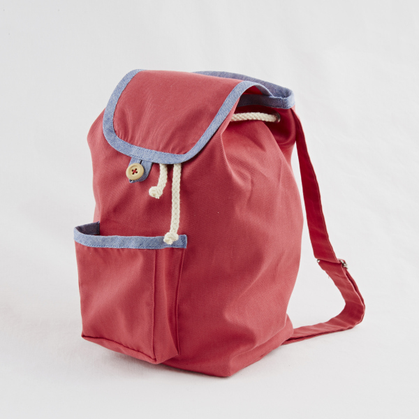 Annaliv Knapsack in Berry Red