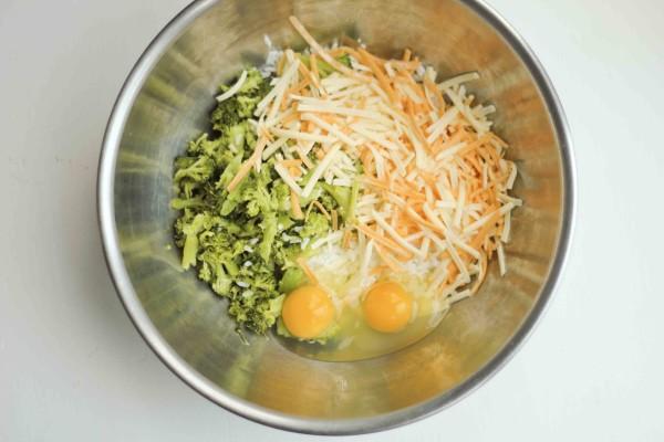 Easy Lunchbox Idea - Broccoli, Cheddar & Rice Balls