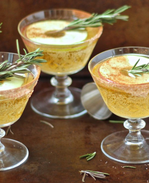 Apple Bourbon Whiskey Sour from SheEats.ca