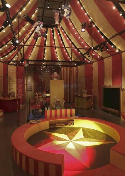 McCord Museum Mister Rabbit's Circus