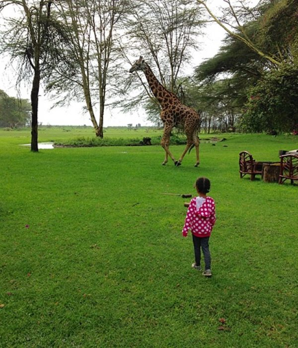 Travelling with Toddlers: Tara in Kenya